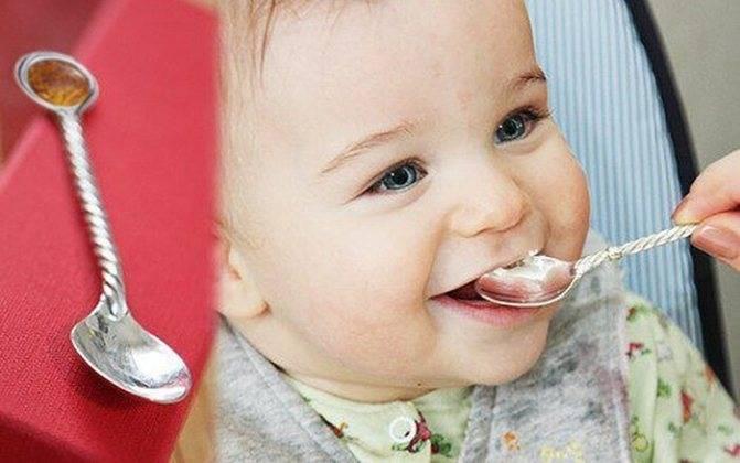 Серебряные ложки для детей - кто и когда должен дарить
