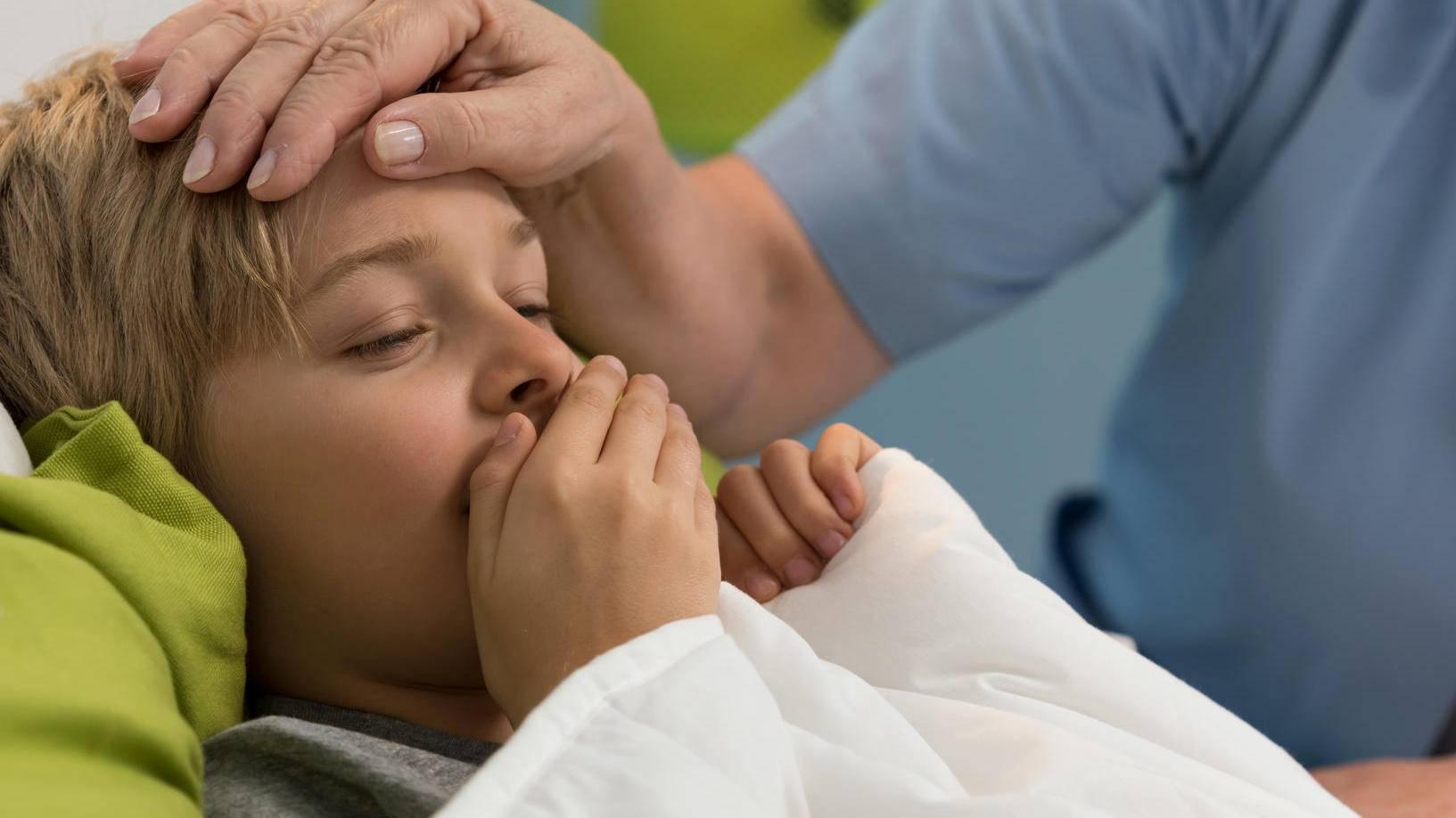 После удаления аденоидов у ребенка: запах, уход в послеоперационный период, рецидив аденоидов после операции