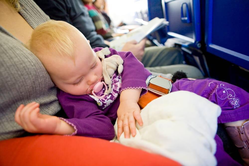 Перелет с грудничком на самолете
