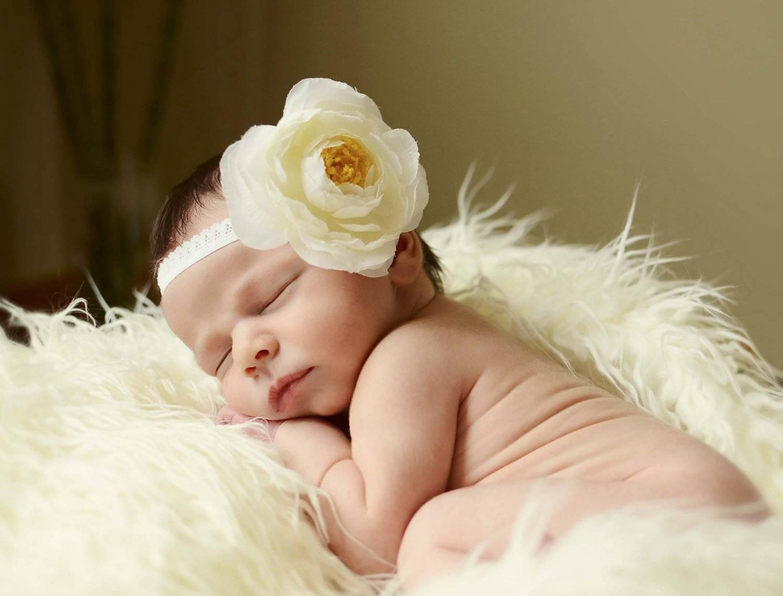 Почему нельзя показывать новорожденного до 40 дней?