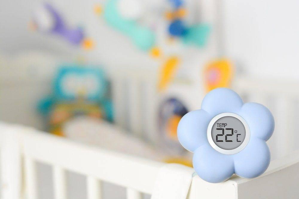 Оптимальная температура в комнате для новорожденного как создать в детской комфортный микроклимат