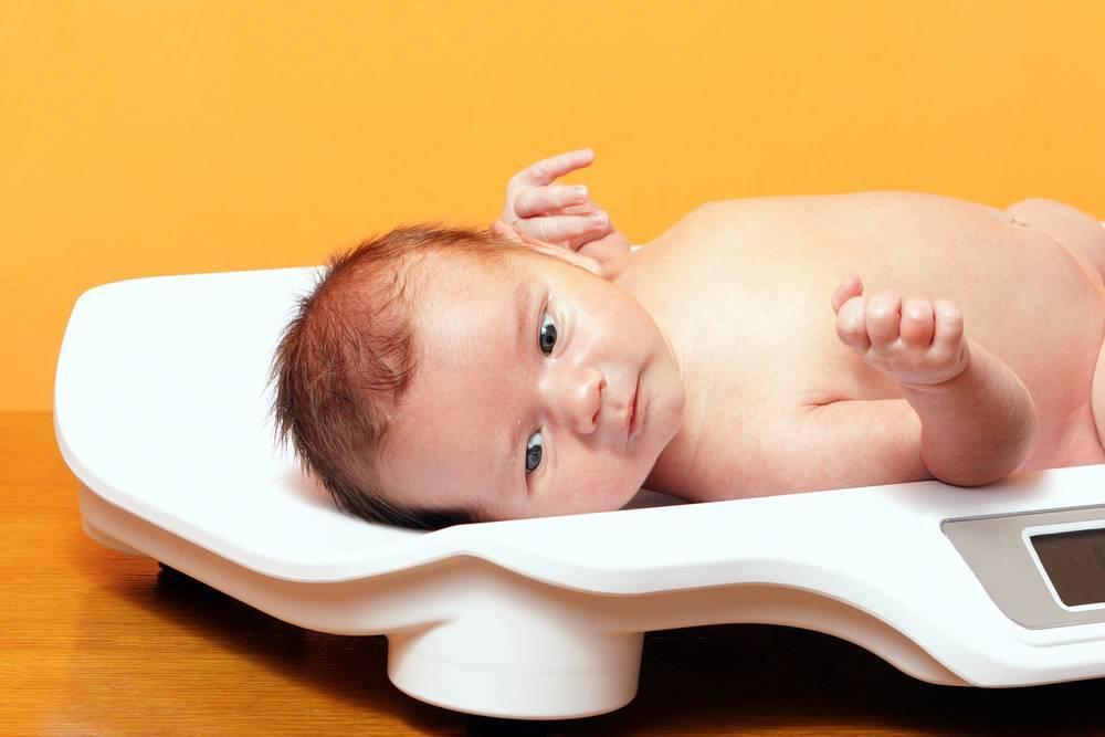 Medweb - избыточный вес у ребенка до 1 года: причины и последствия