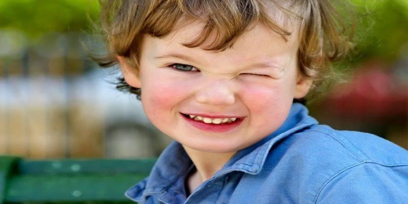 Ребёнок часто моргает глазами: причины и лечение oculistic.ru ребёнок часто моргает глазами: причины и лечение