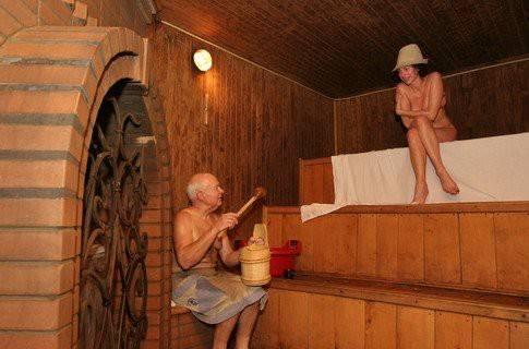 Можно ли посещать баню во время грудного вскармливания? важные моменты, которые необходимо учитывать маме во время банных процедур
