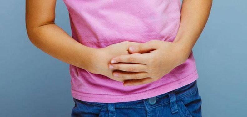 Рвота, температура, боль в животе у ребенка: причины и лечение
