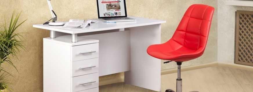 Как выбрать письменный стол для ребенка