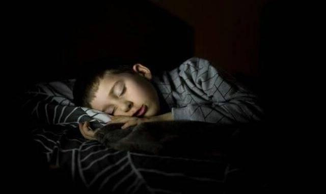 «путешествия во сне» или лунатизм у детей.