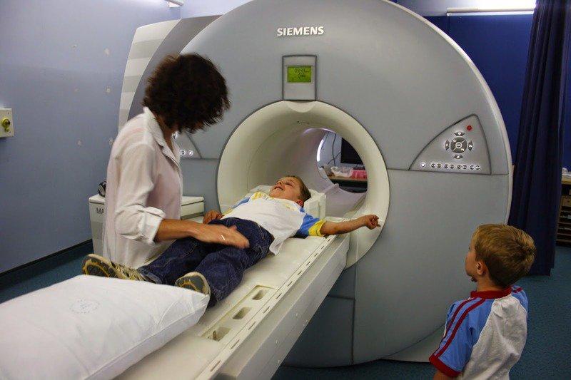 Мрт головного мозга детям: как делают и что показывает