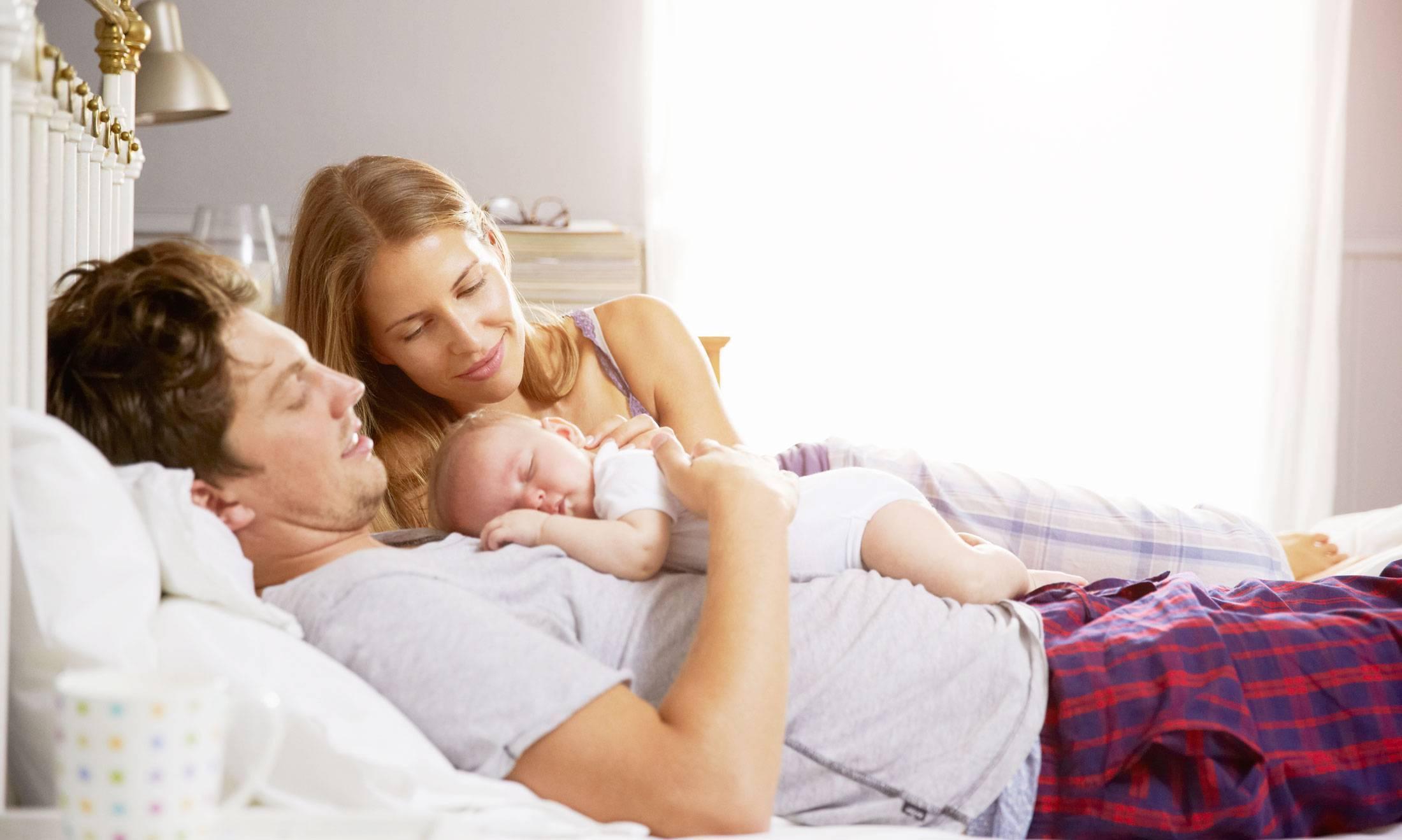 Совместный сон с грудничком: все за и против по мнению специалистов