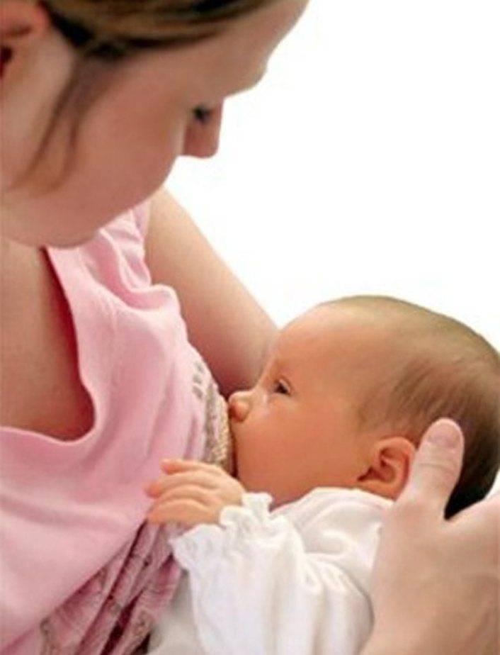 Наедается ли ребёнок грудным молоком