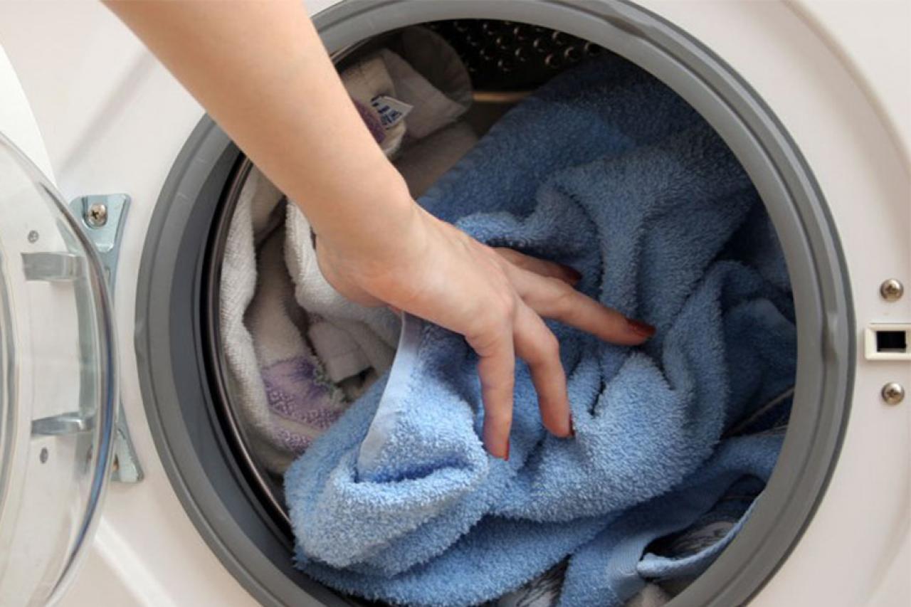 Как и при какой температуре можно стирать детские вещи в стиральной машине: готовим пеленки новорожденному перед родами. как и чем стирать детские вещи для новорожденных: критерии выбора стиральных порошков, ассортимент гипоаллергенных средств