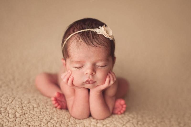Почему трясется подбородок у новорожденного: тремор у малыша