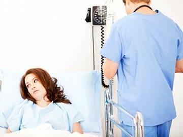 Выделения после выскабливания замершей беременности: патология или норма