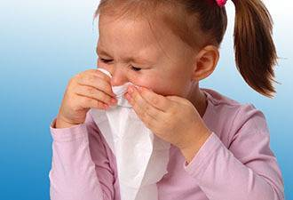 Симптомы отека горла у ребенка, оказание первой помощи и методы лечения