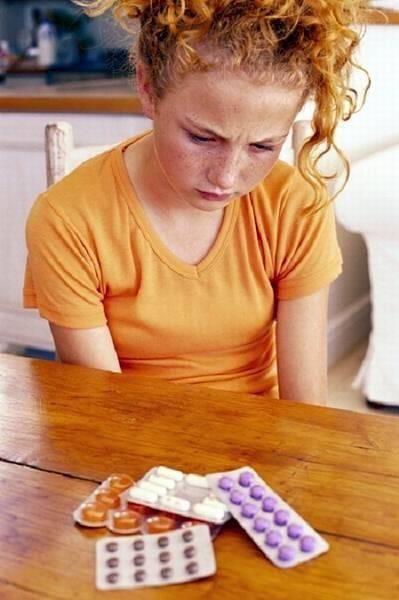 Как правильно давать лекарство ребенку
