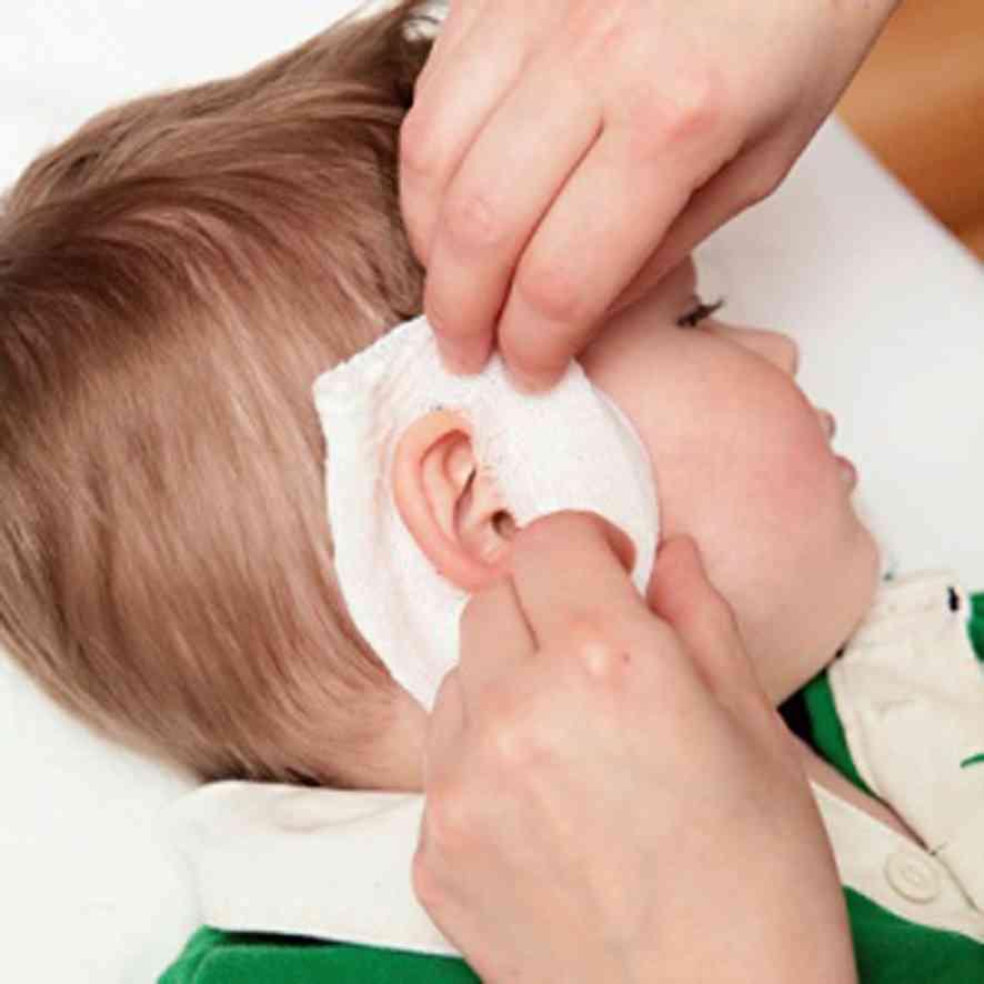 Болит ухо при насморке у ребенка, что делать, как лечить в домашних условиях?