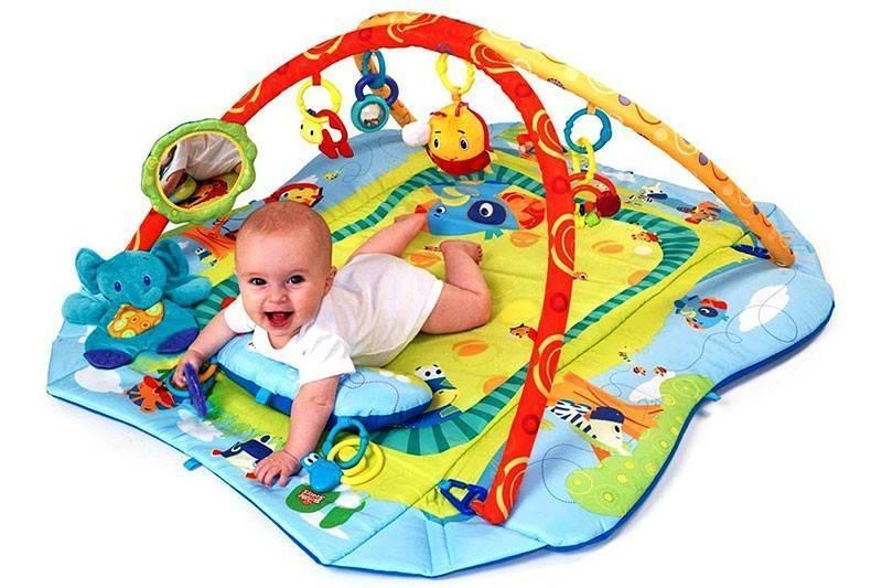 Развивающий коврик для новорожденных: как его выбрать для младенца. с какого возраста нужен развивающий коврик для ребенка и какой лучше выбрать?