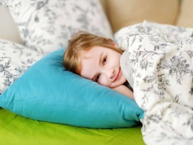 Почему ребенок скрипит зубами ночью во сне — причины. жми!