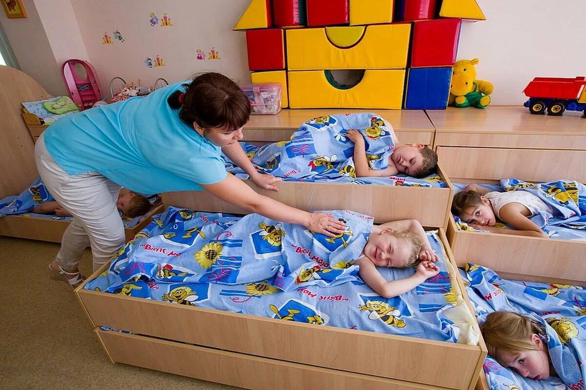 Комаровский - детский сад: в каком возрасте лучше отдавать ребенка, адаптация, что делать если плачет в садике