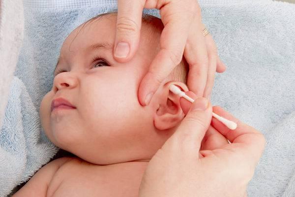 Заложило ухо после бассейна или моря - что делать, как убрать, выгнать или вытряхнуть воду у взрослого и ребенка