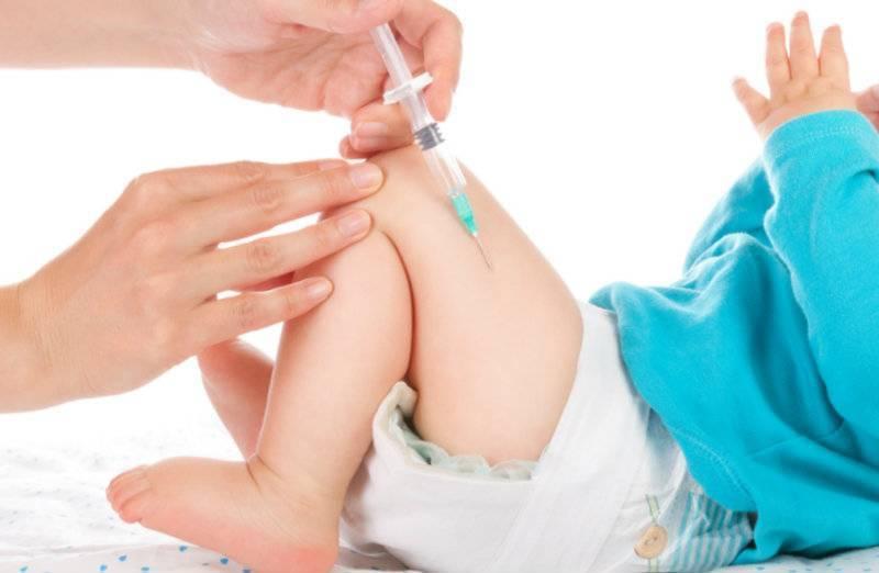 Подготовка к прививке АКДС: прием Фенистила, Супрастина, осмотр перед вакцинацией