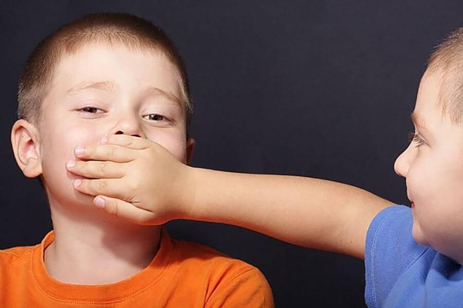 У ребенка ночью открыт рот. почему ребенок постоянно держит рот открытым: возможные причины. что можно сделать в этой ситуации