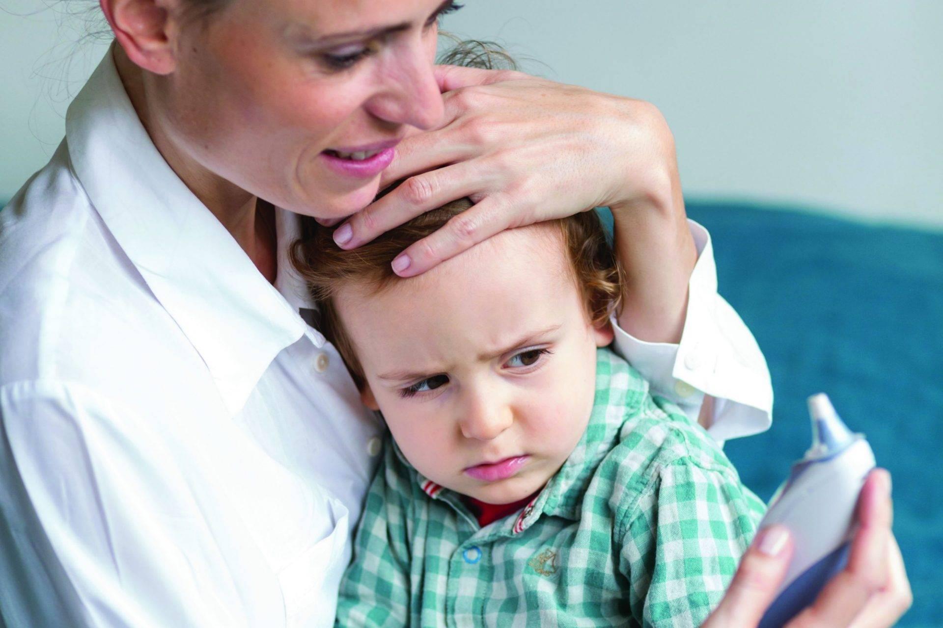 Виды фебрильных судорог у детей, основные причины и первая помощь